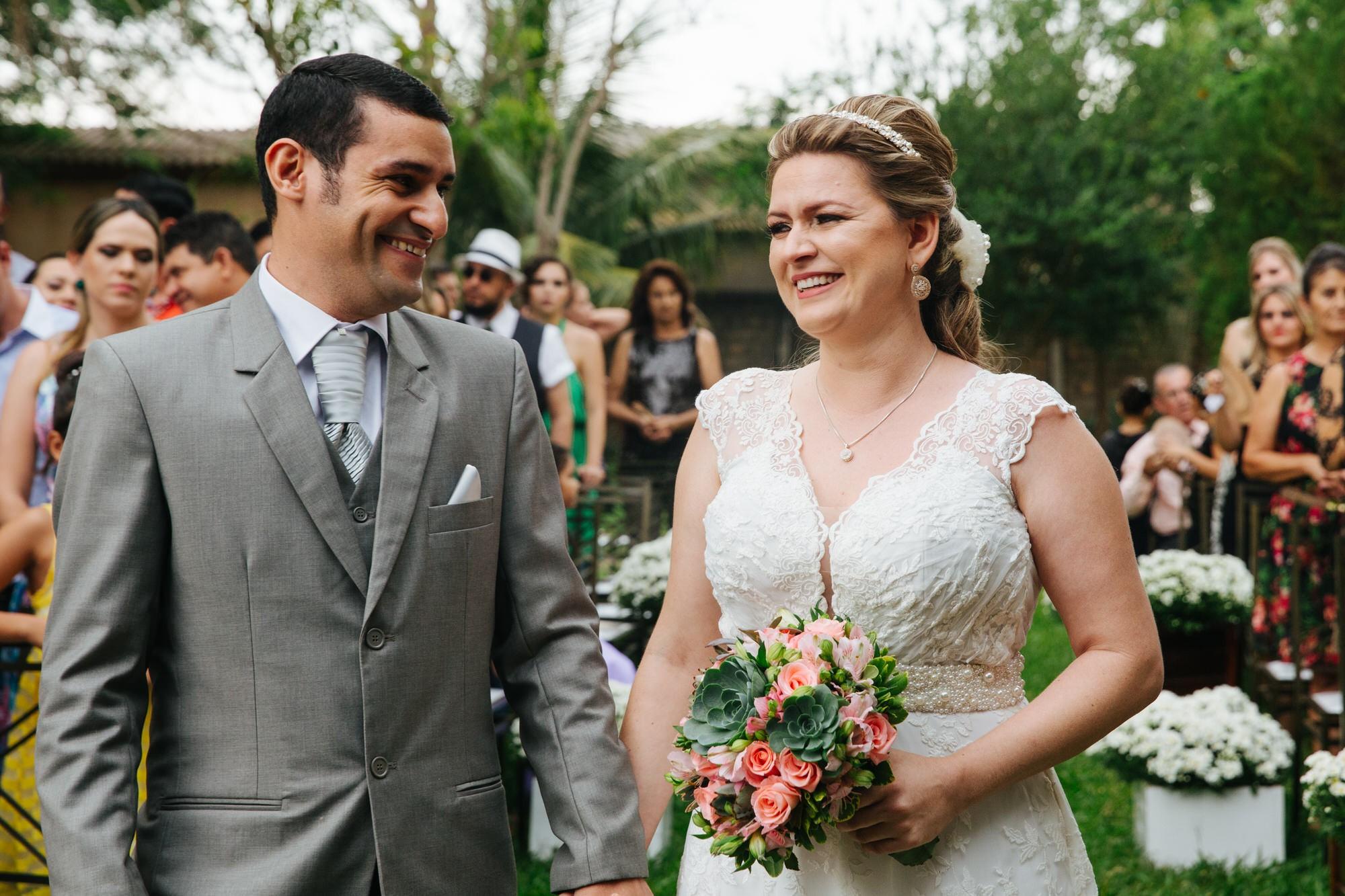 Fabio e Gisele - Casamento em Mundo Novo - MS por Lorran Souza e Léia Sotile - fotografo de casamentos - 00017