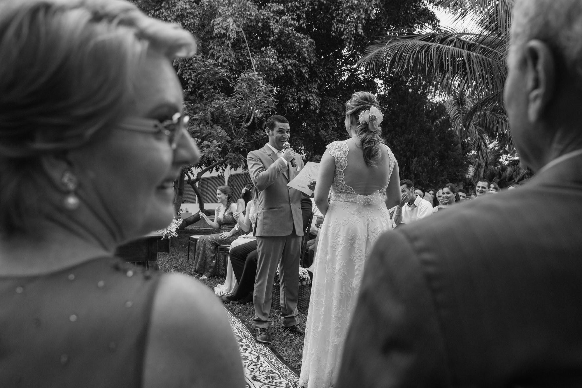 Fabio e Gisele - Casamento em Mundo Novo - MS por Lorran Souza e Léia Sotile - fotografo de casamentos - 00020