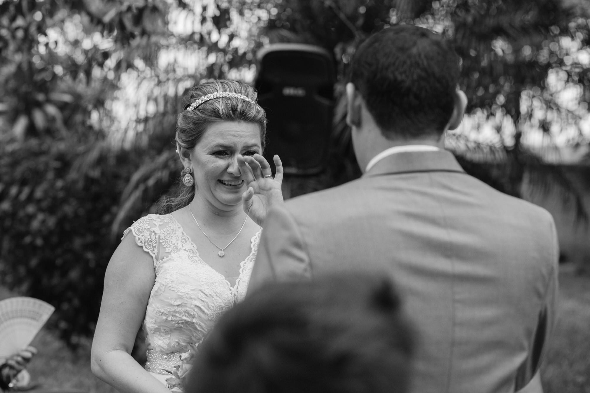 Fabio e Gisele - Casamento em Mundo Novo - MS por Lorran Souza e Léia Sotile - fotografo de casamentos - 00021