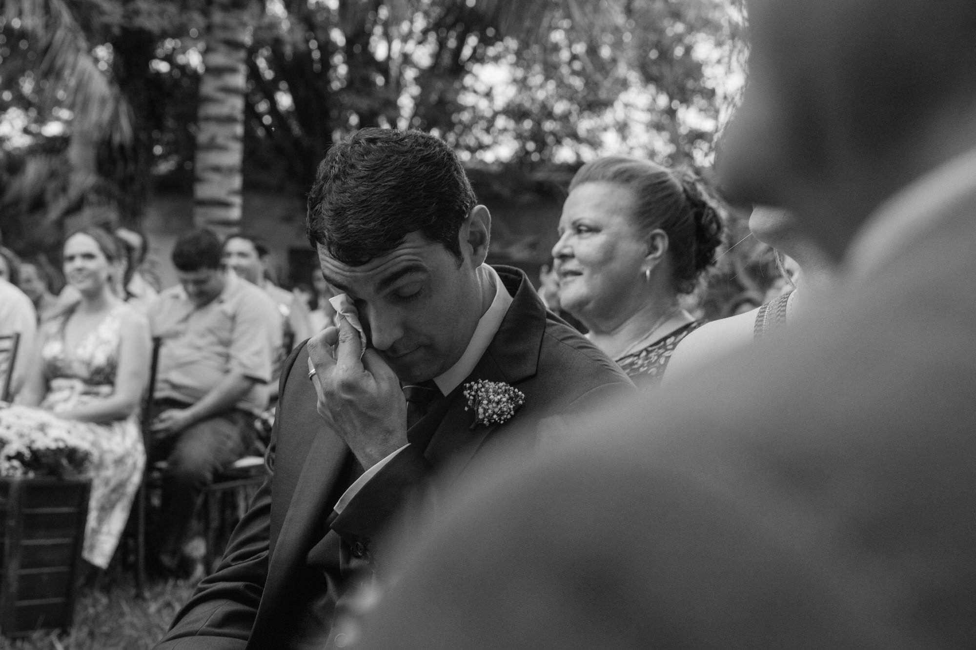 Fabio e Gisele - Casamento em Mundo Novo - MS por Lorran Souza e Léia Sotile - fotografo de casamentos - 00024