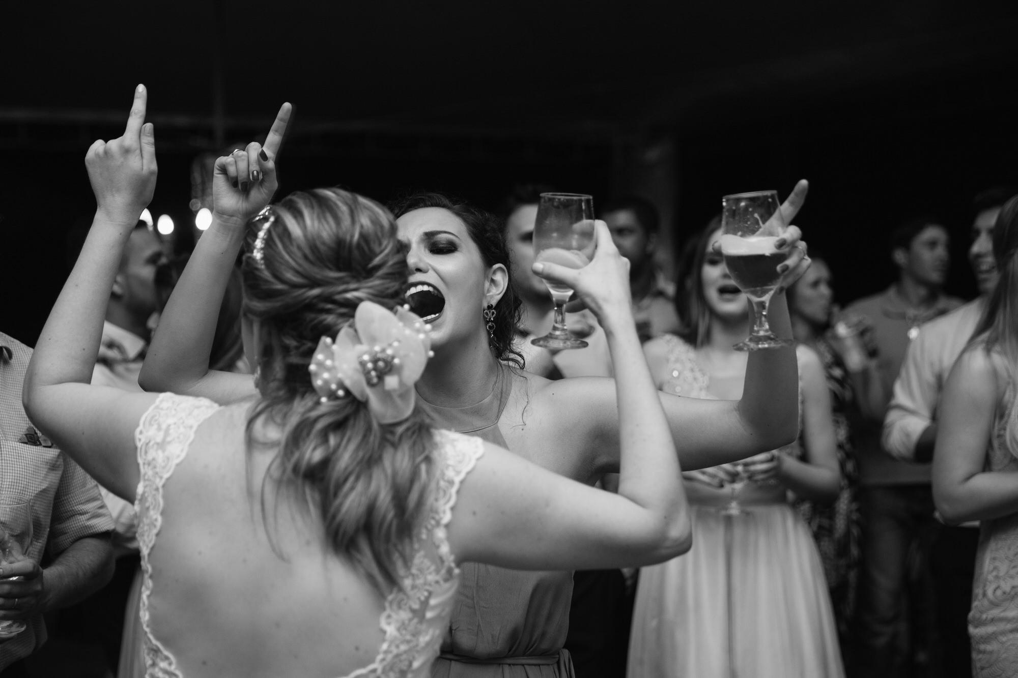 Fabio e Gisele - Casamento em Mundo Novo - MS por Lorran Souza e Léia Sotile - fotografo de casamentos - 00033