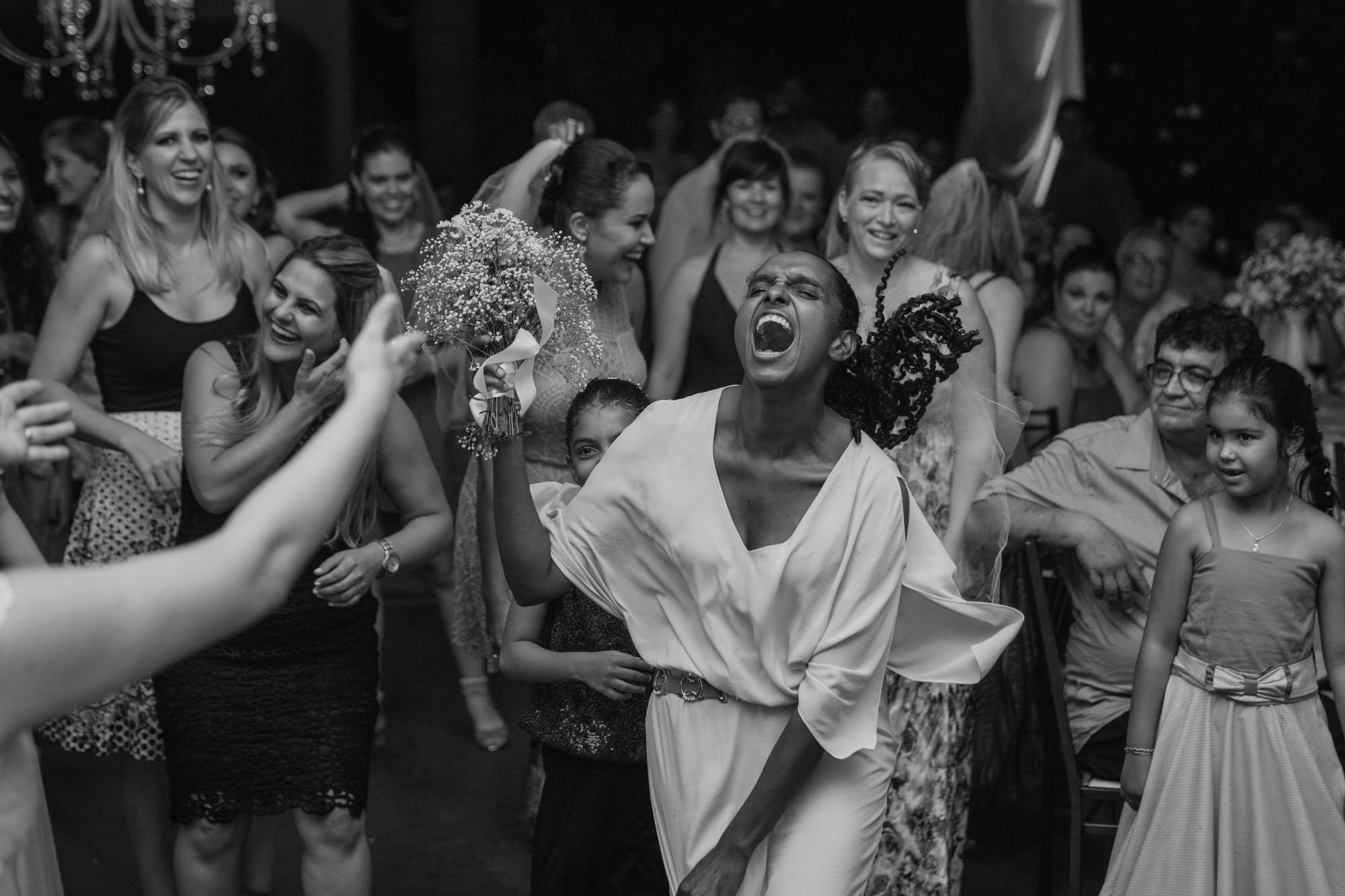 Fabio e Gisele - Casamento em Mundo Novo - MS por Lorran Souza e Léia Sotile - fotografo de casamentos - 00034