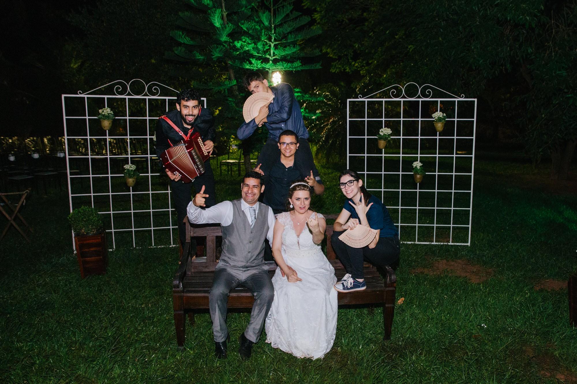 Fabio e Gisele - Casamento em Mundo Novo - MS por Lorran Souza e Léia Sotile - fotografo de casamentos - 00046