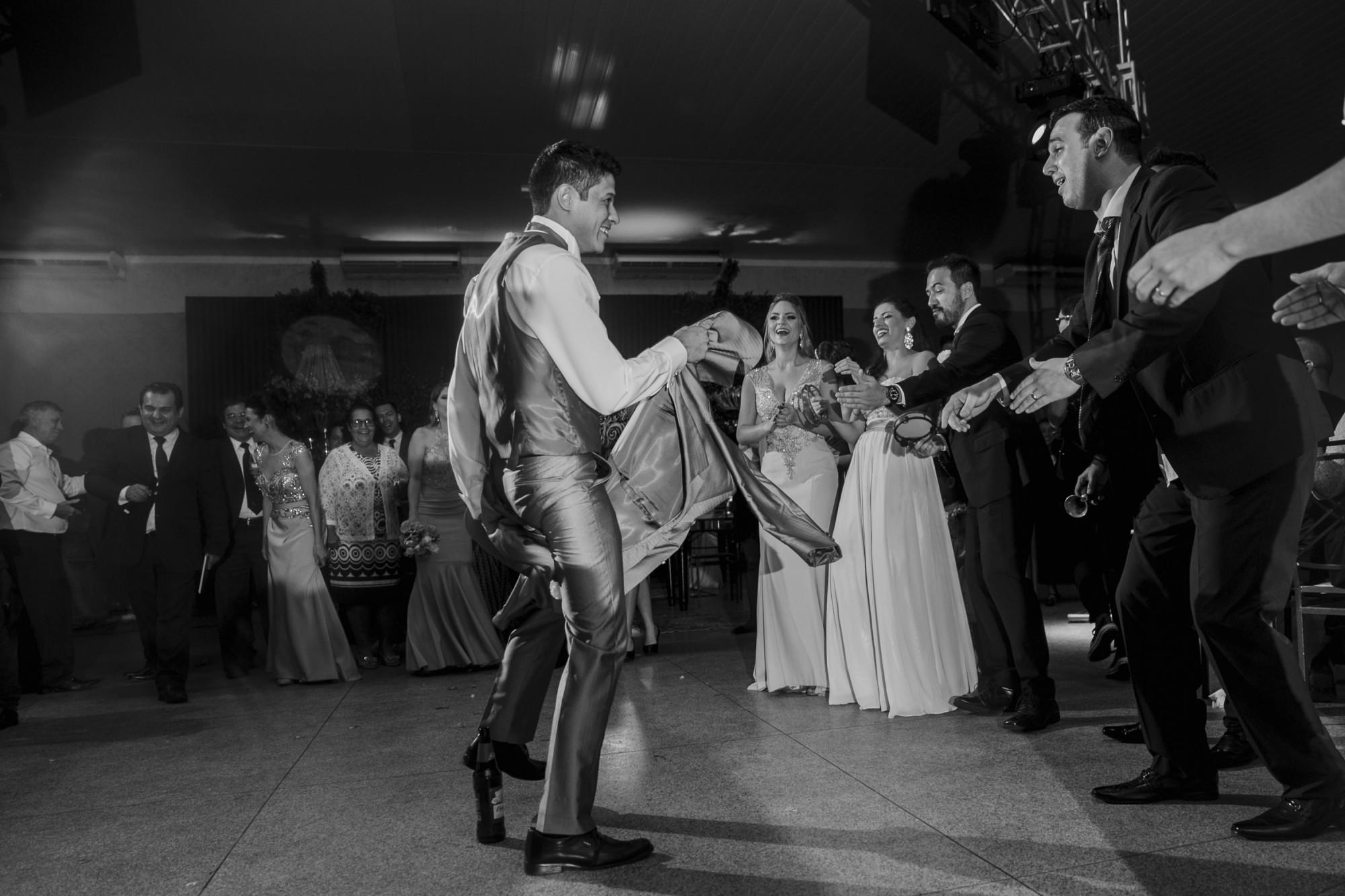 Casamento Camila Rampim e Rafael em Terra Roxa - Paraná - por Lorran Souza e Léia Sotile - fotografos de casamentos - 71