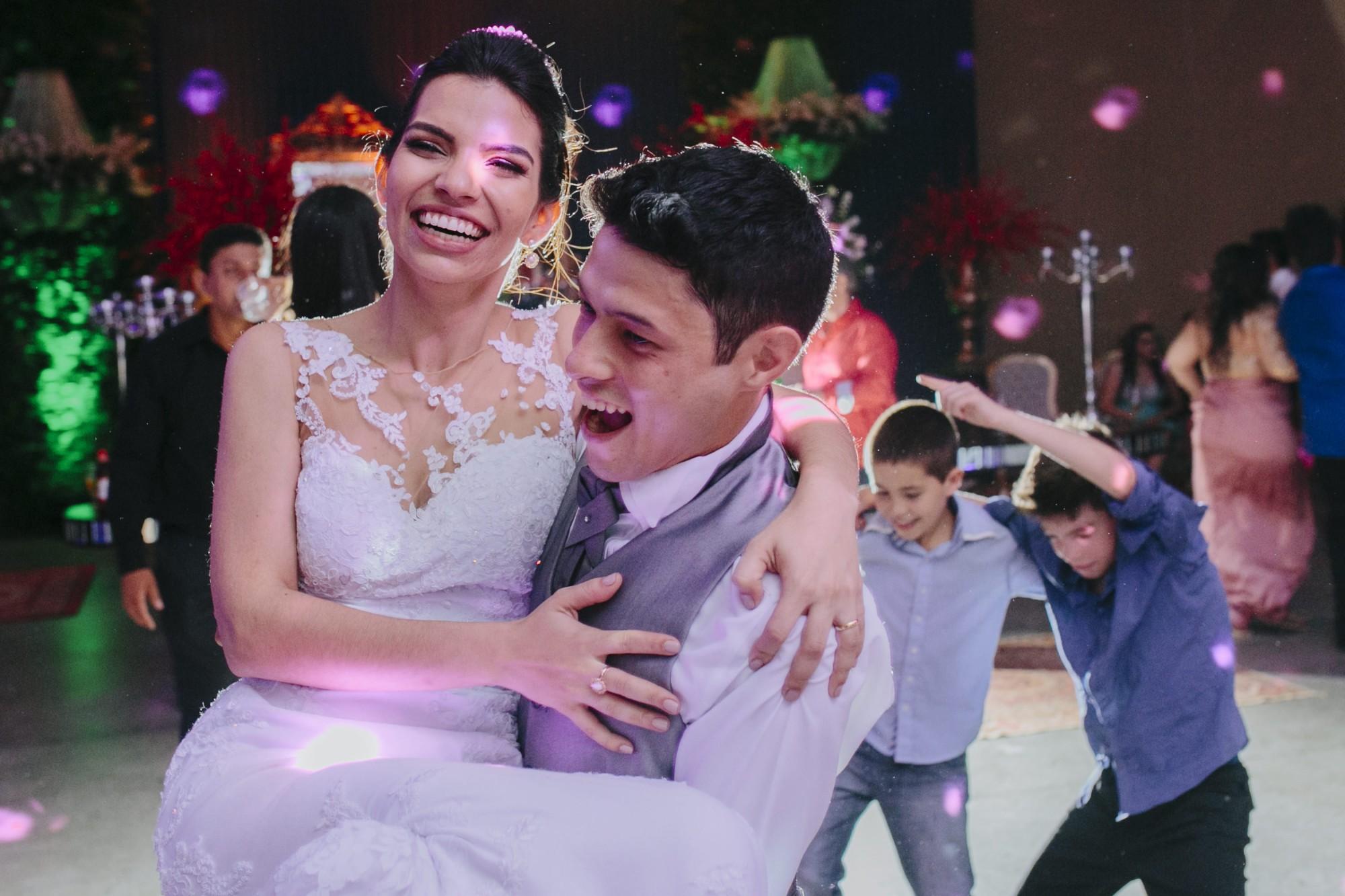 Casamento Camila Rampim e Rafael em Terra Roxa - Paraná - por Lorran Souza e Léia Sotile - fotografos de casamentos - 90