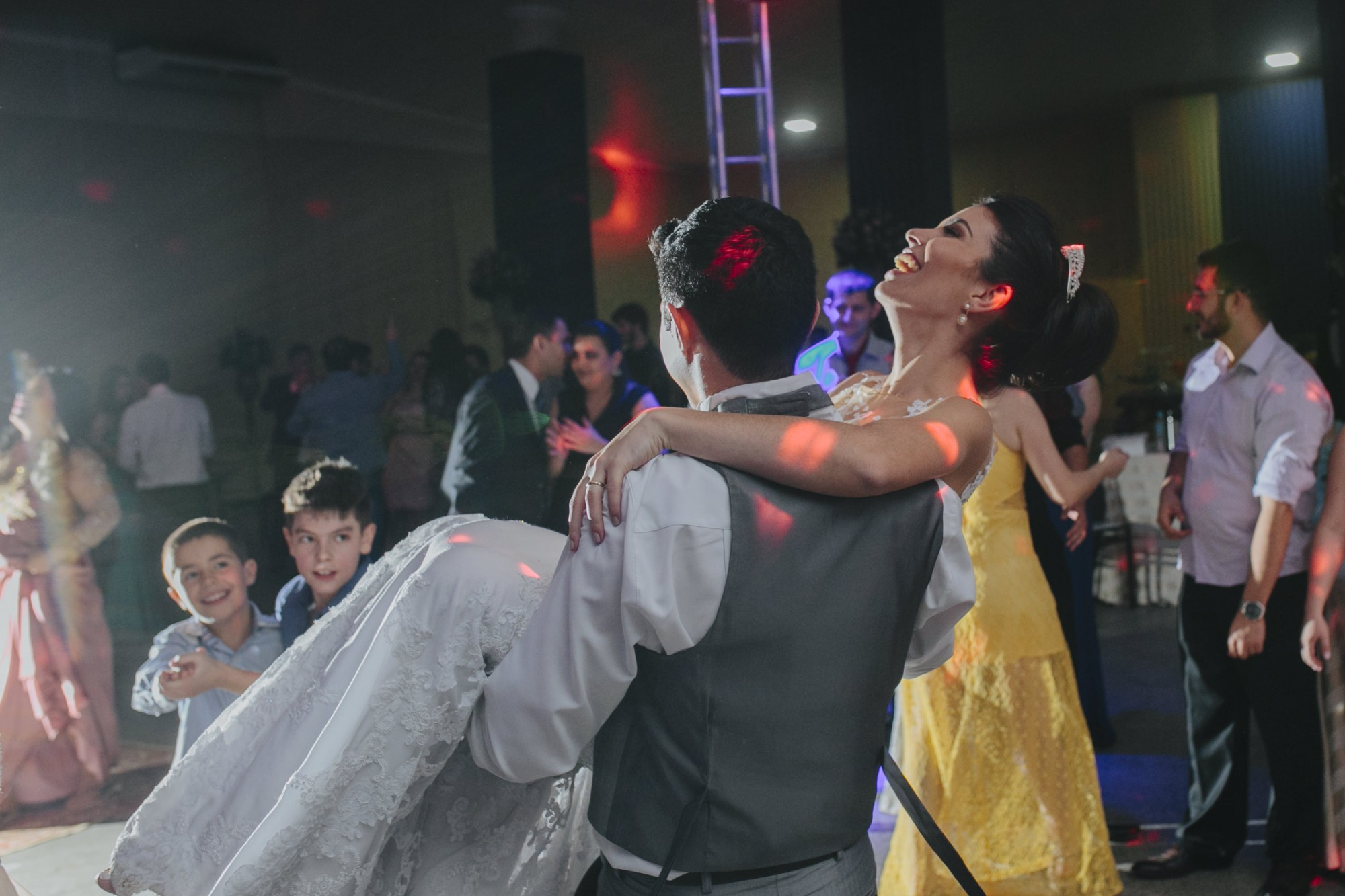 Casamento Camila Rampim e Rafael em Terra Roxa - Paraná - por Lorran Souza e Léia Sotile - fotografos de casamentos - 91